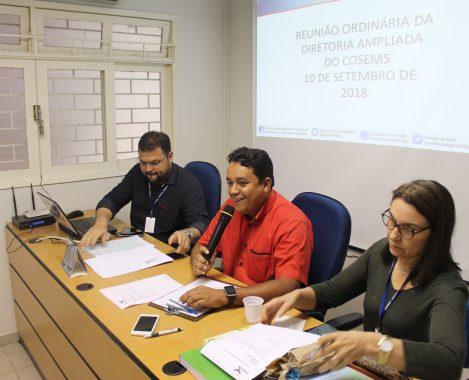 PróximoDiretoria do Cosems discute pautas de interesse dos municípios  alagoanos 552e8805378